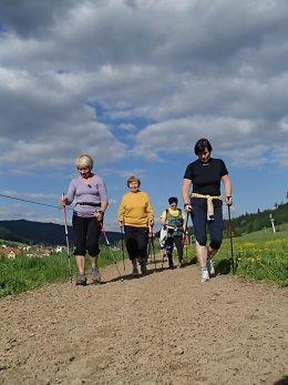 Nordic Walking II. Po valašských kopcoch._1075