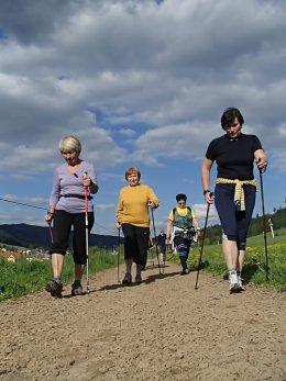 Nordic Walking II. Po valašských kopcoch._1076