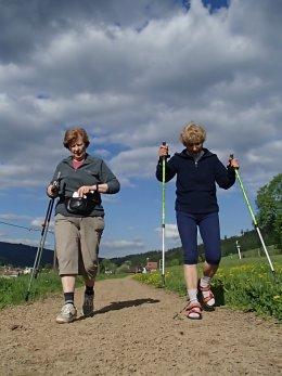 Nordic Walking II. Po valašských kopcoch._1088