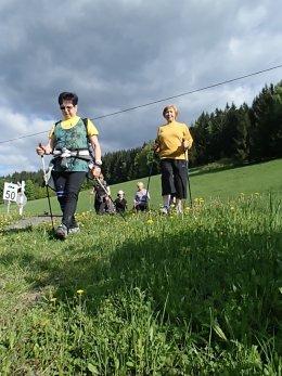 Nordic Walking II. Po valašských kopcoch._1111