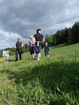 Nordic Walking II. Po valašských kopcoch._1122