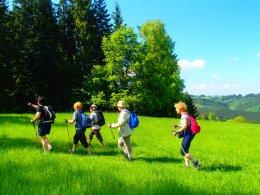 Nordic Walking II. Po valašských kopcoch._1137