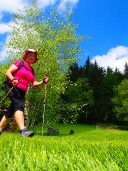 Nordic Walking II. Po valašských kopcoch._1183